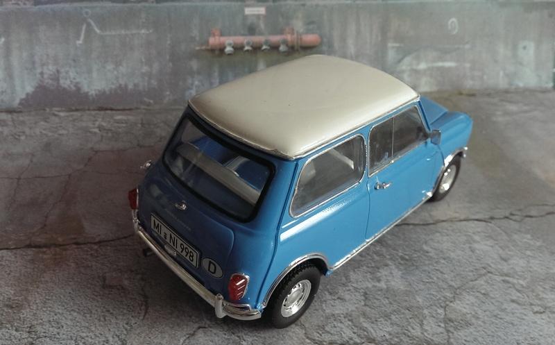 Mini Cooper 998 Mk.I von Revell 1:24 Imag3433