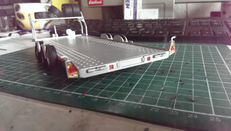 Brian James Trailer A4 Transporter Aoshima 1:24 Imag3619