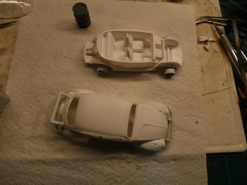 Quelque part en 2095! VW Coccinelle  1/32 Revell dio  FINI P3280011
