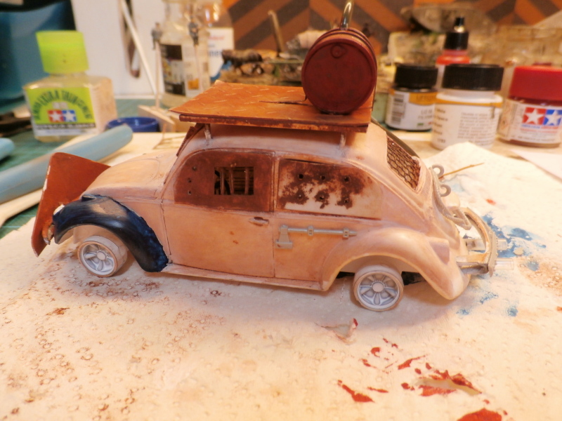 Quelque part en 2095! VW Coccinelle  1/32 Revell dio  FINI P3290013