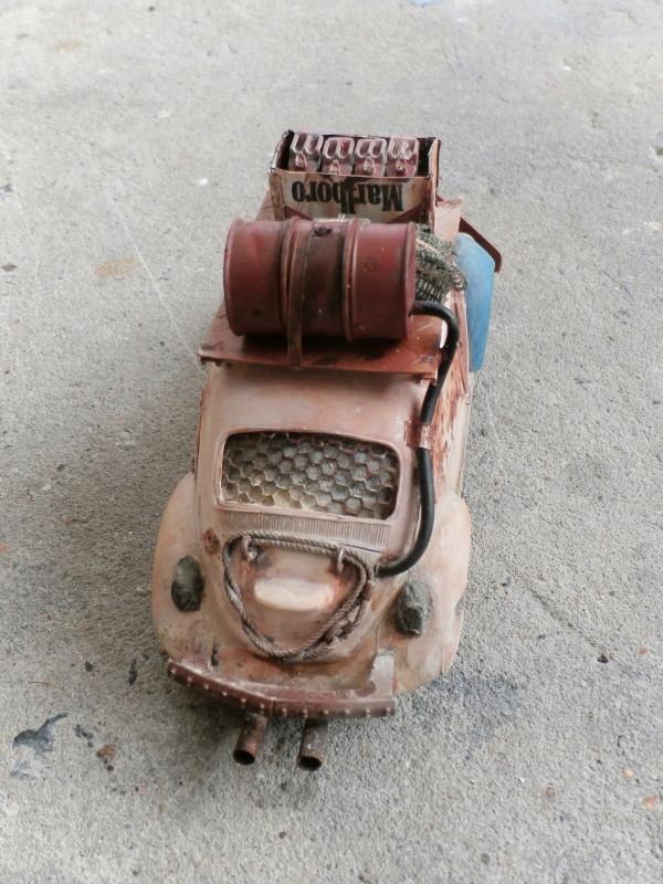 Quelque part en 2095! VW Coccinelle  1/32 Revell dio  FINI - Page 2 P3300014