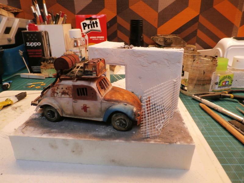 Quelque part en 2095! VW Coccinelle  1/32 Revell dio  FINI - Page 2 P4010013