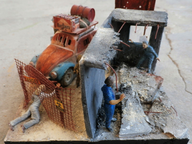 Quelque part en 2095! VW Coccinelle  1/32 Revell dio  FINI - Page 3 P4070015