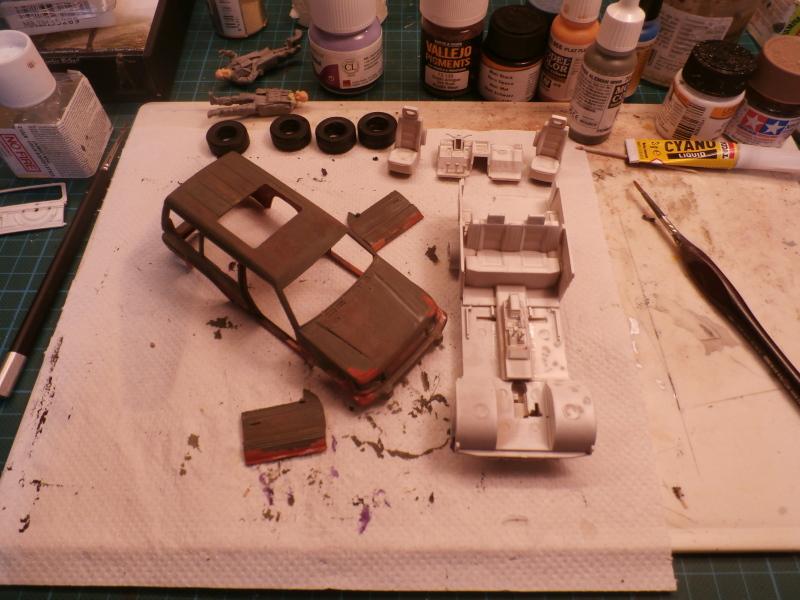SUV 1/35 Takom Quelque part en 2095 - épisode 2 dio FINI P4070034