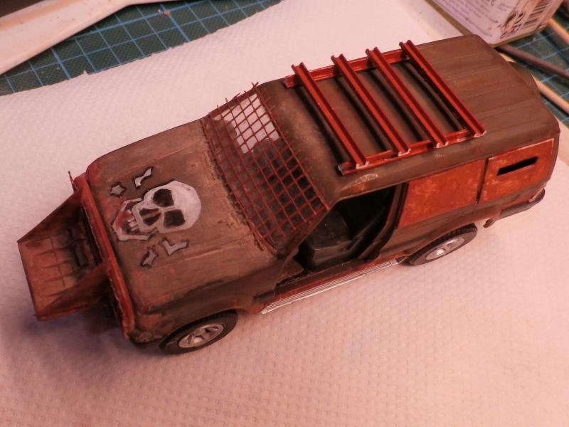 SUV 1/35 Takom Quelque part en 2095 - épisode 2 dio FINI P4110012