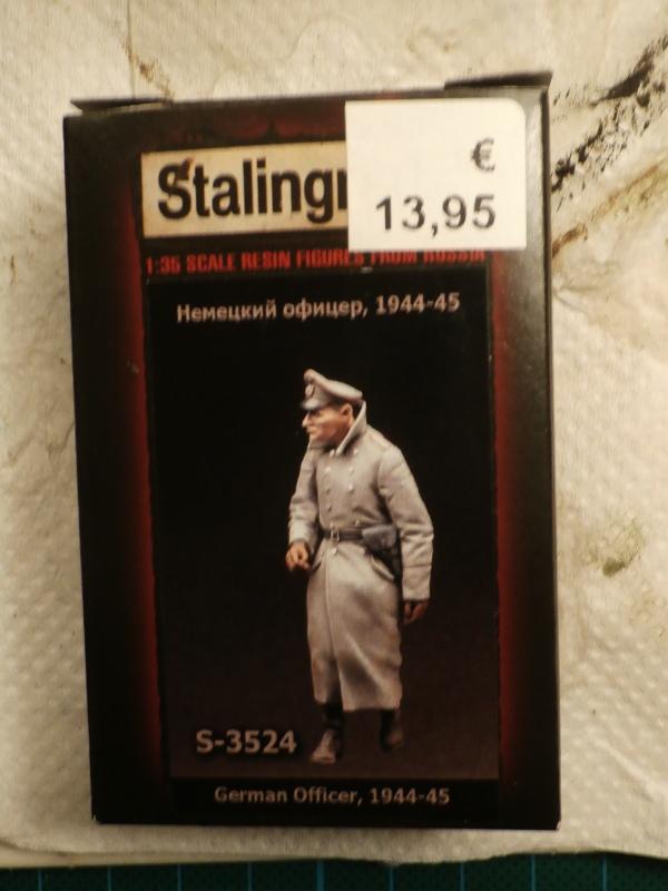 1947 - Soldat Gogg et l'officier (Bandai 1/144 et Stalingrad 1/35) FINI P5140010
