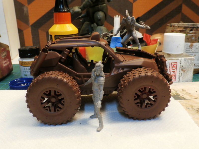 Post apocalyptic meeting (4X4 scratch 1/35) dio FINI P5190013
