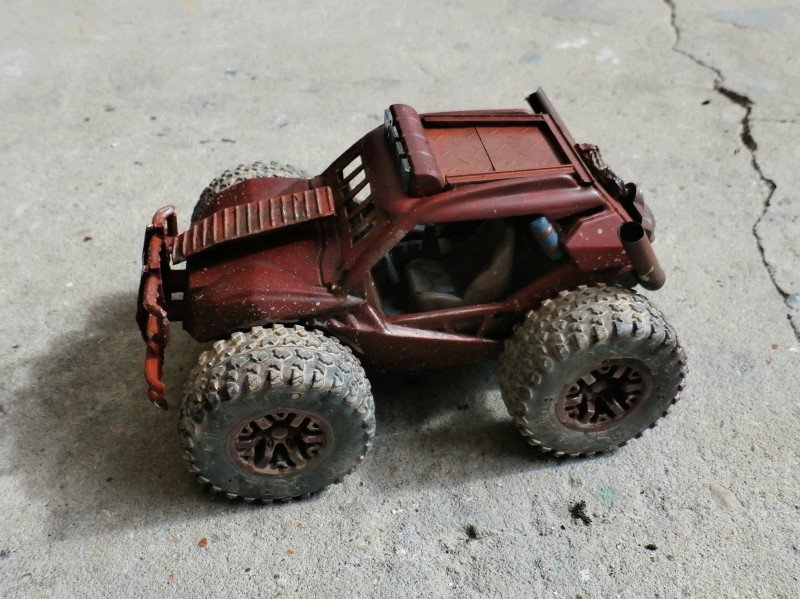 Post apocalyptic meeting (4X4 scratch 1/35) dio FINI P5210011