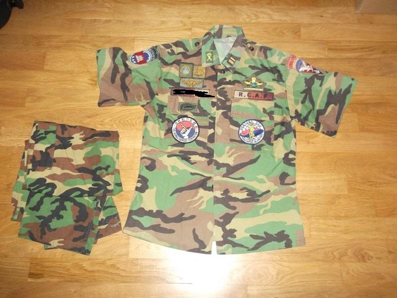 uniformes cambodgiens  - Page 2 Dscf9515
