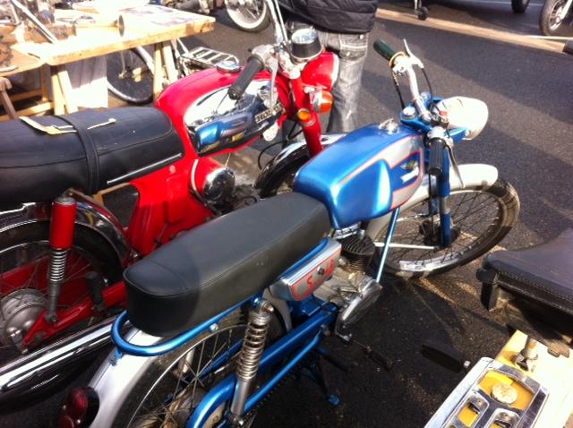 bourse auto moto cyclo tracteur ...de Courtenay Image111