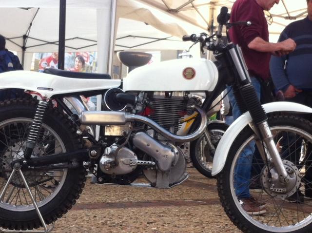bourse auto moto cyclo tracteur ...de Courtenay Image711