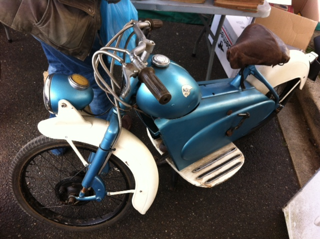 bourse auto moto cyclo tracteur ...de Courtenay Image810