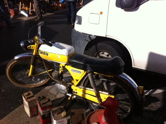 bourse auto moto cyclo tracteur ...de Courtenay Image911