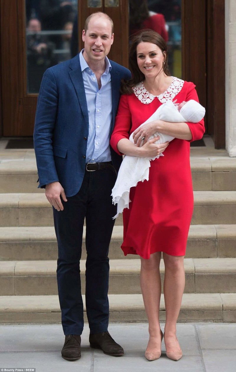 PRINCE WILLIAM  & CATHERINE  MIDDLETON - Page 2 4b7f8d10