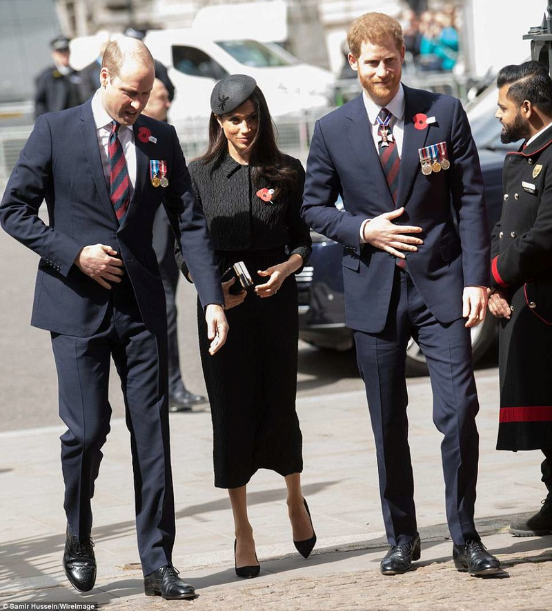 PRINCE WILLIAM  & CATHERINE  MIDDLETON - Page 2 4b8a8e11
