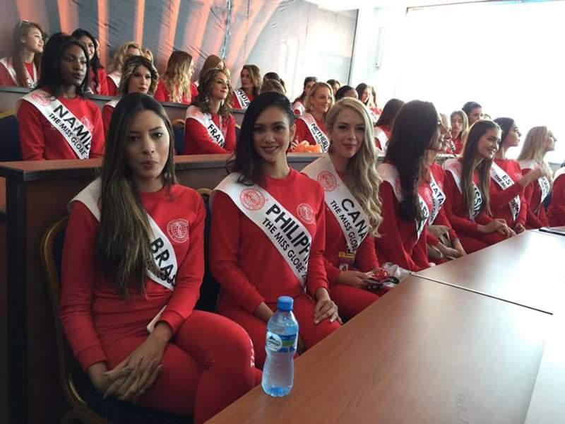 Miss GLOBE 2017 is VIETNAM Fb_im127