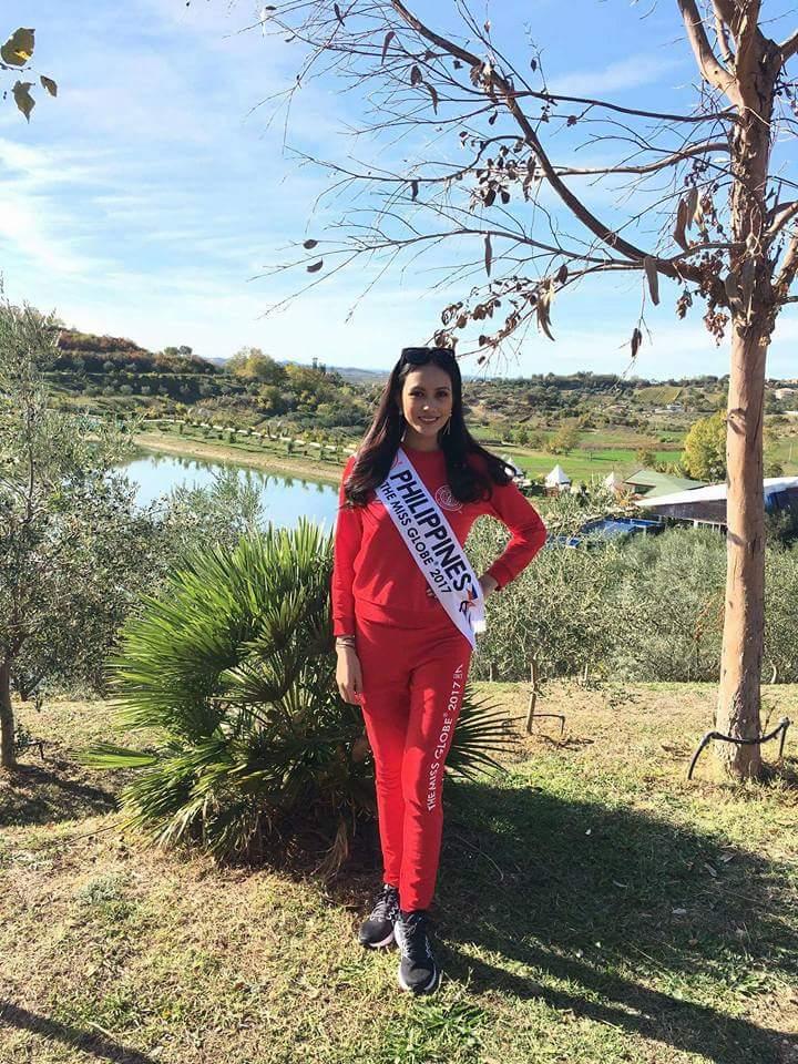 Miss GLOBE 2017 is VIETNAM Fb_im130