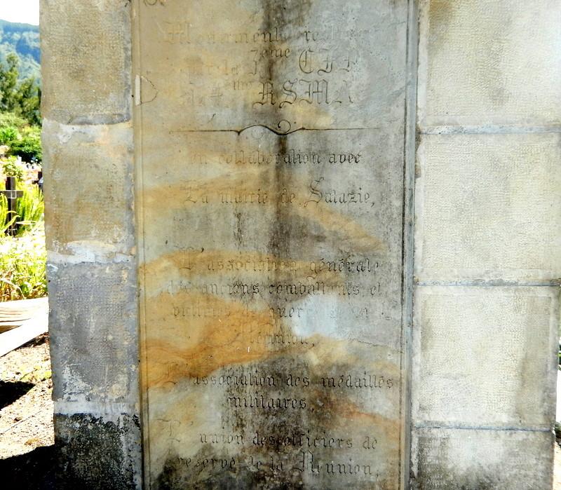 [ Histoires et histoire ] Monuments aux morts originaux Français Tome 2 - Page 4 Ryunio64