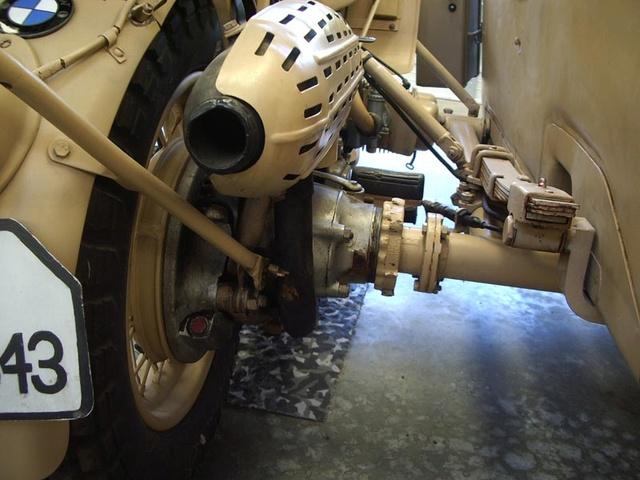 2 ou 3 roues avec moteur - BMW et side-car Image199