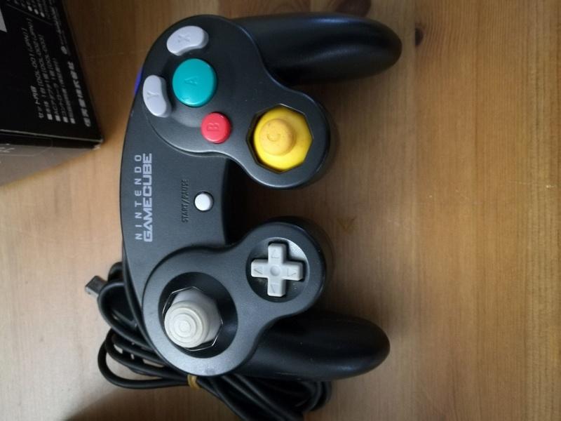 [VDS] Nintendo GameCube Noire JAP en boite complète [VENDU] Img_2068