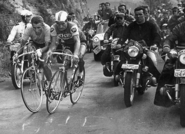 Bonjour / Bonsoir de Novembre  - Page 5 Anquet10