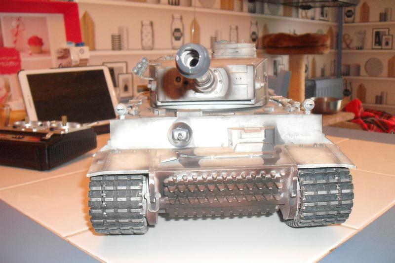 chars tigre 1 au 1/16 Dscf7921
