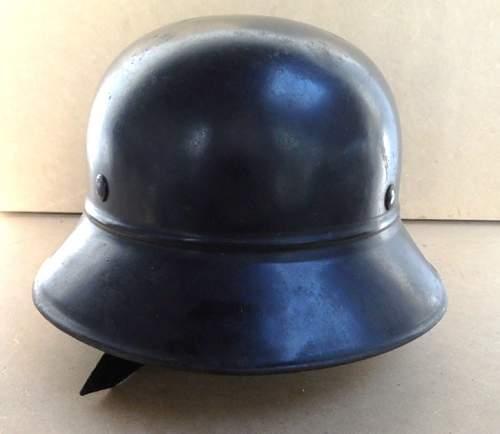 2 casques luftschutz Gladia10