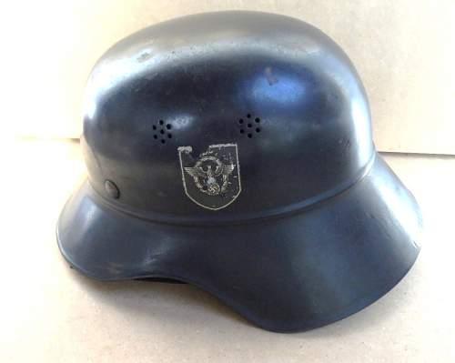 2 casques luftschutz Gladia13