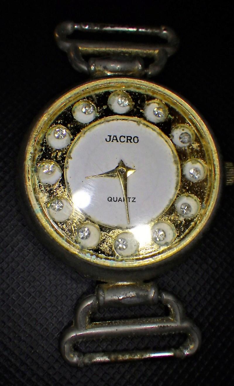 Il y a du valable ...(horloge titus) Rimg0320