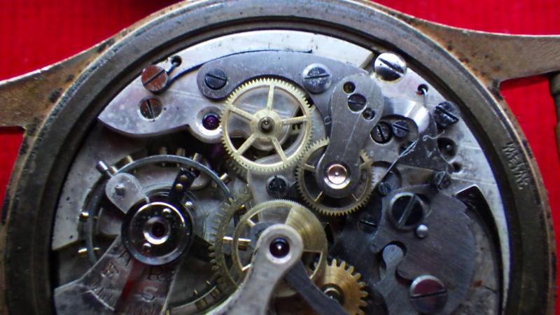 Il y a du valable ...(horloge titus) Rimg0420