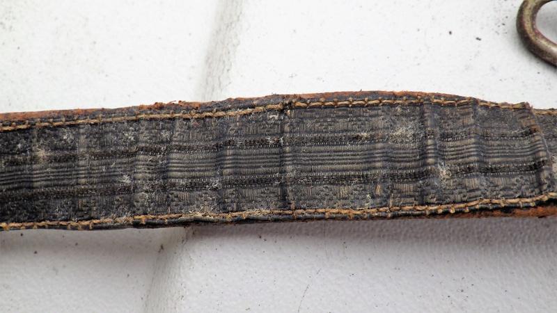 Trois sabres a l'authentification et éstimation (belge et français) Rimg1360
