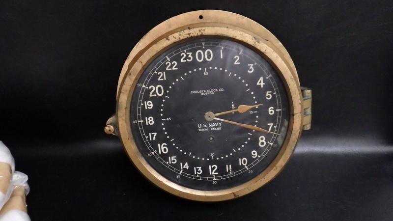 CHELSEA U.S.NAVY SHIPS CLOCK; mais de quel navire...?? Rimg9812
