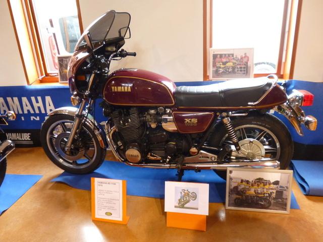 8 Avril à Champoly (42) bourse expo motos anciennes P1140210
