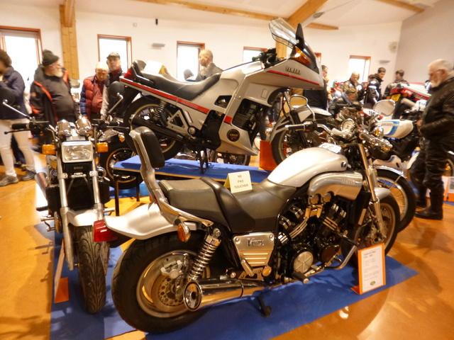 8 Avril à Champoly (42) bourse expo motos anciennes P1140212