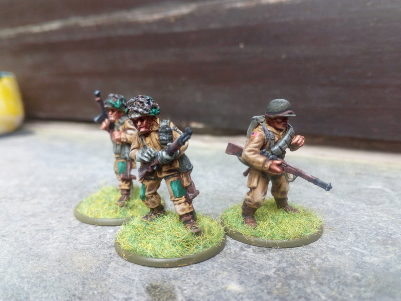 Sergent US avec ses collègues :) Img_2060