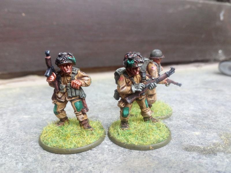 Sergent US avec ses collègues :) Img_2061