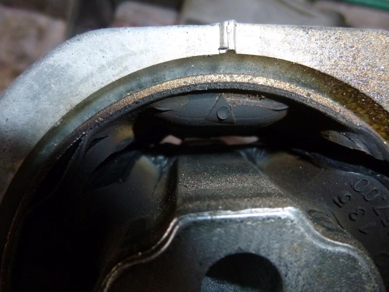 Vibration moteur après 3100 tours/min P1050789
