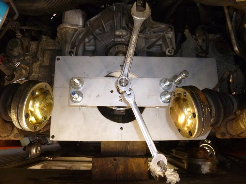 remplacement du carter d'huile pour un FVD plus contenant P1060121