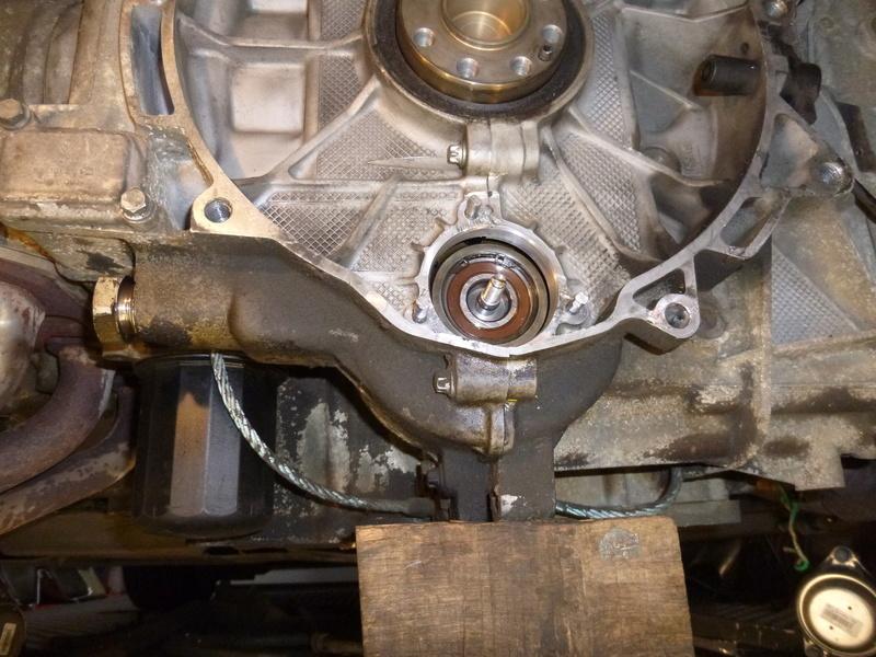 remplacement du carter d'huile pour un FVD plus contenant P1060122
