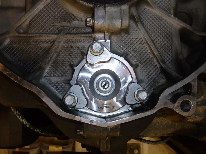 remplacement du carter d'huile pour un FVD plus contenant P1060123