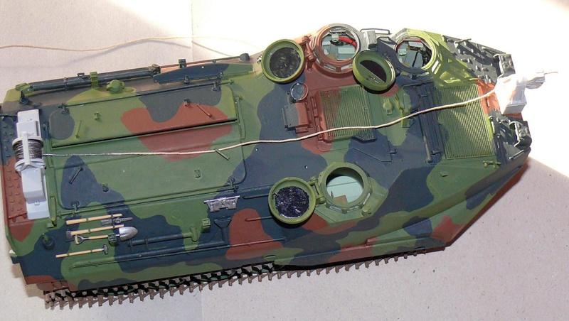 AAVR 7A1 Assault Amphibian Vehicle Recovery de Hobby Boss au 1/35 1_12010
