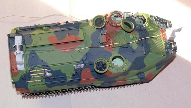 AAVR 7A1 Assault Amphibian Vehicle Recovery de Hobby Boss au 1/35 1_12110