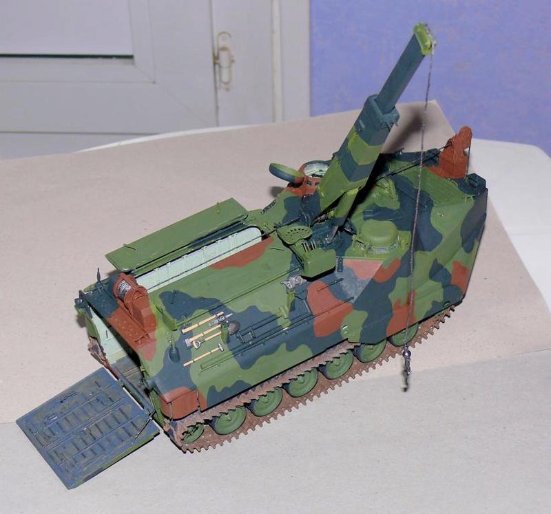 AAVR 7A1 Assault Amphibian Vehicle Recovery de Hobby Boss au 1/35 1_12610