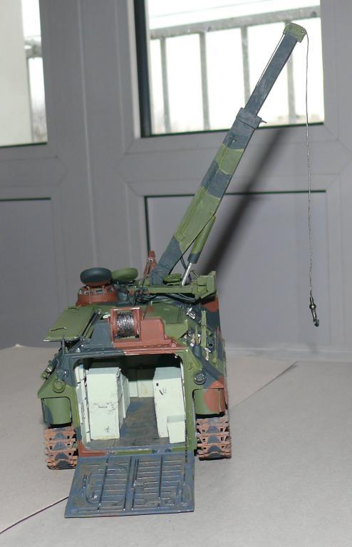 AAVR 7A1 Assault Amphibian Vehicle Recovery de Hobby Boss au 1/35 1_13310