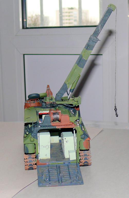 AAVR 7A1 Assault Amphibian Vehicle Recovery de Hobby Boss au 1/35 1_13610