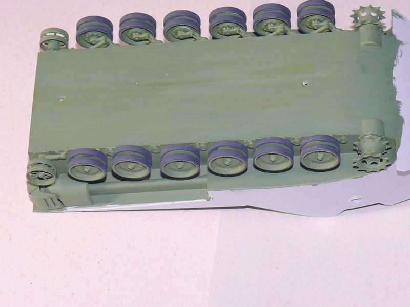 AAVR 7A1 Assault Amphibian Vehicle Recovery de Hobby Boss au 1/35 1_2410