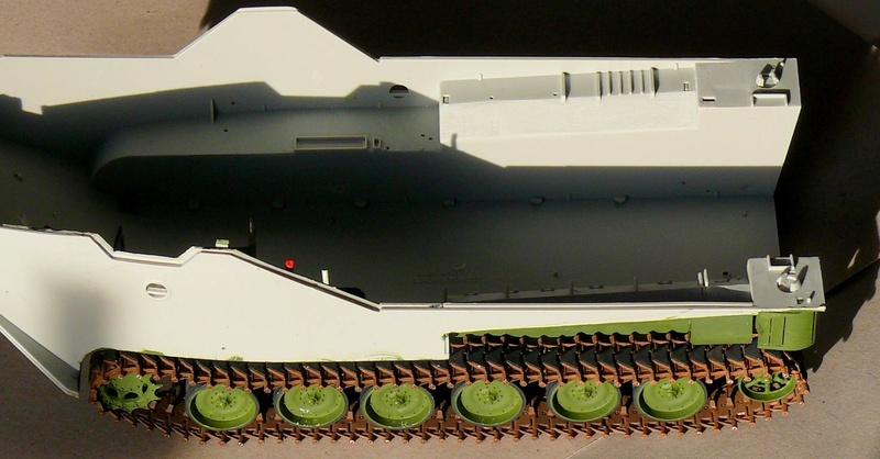 AAVR 7A1 Assault Amphibian Vehicle Recovery de Hobby Boss au 1/35 1_5310