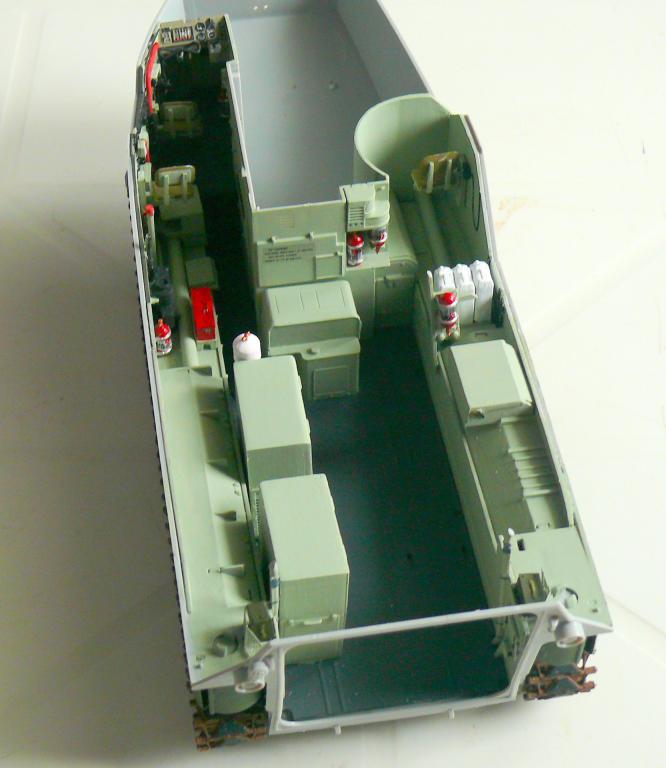 AAVR 7A1 Assault Amphibian Vehicle Recovery de Hobby Boss au 1/35 1_7210