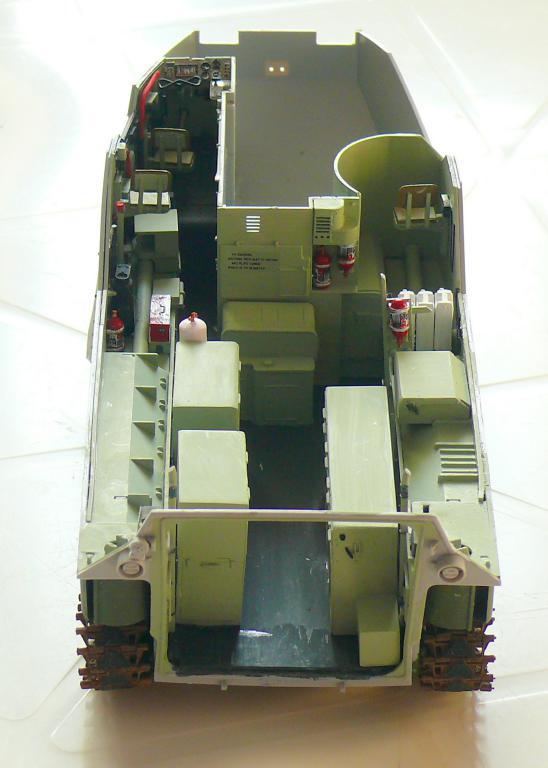 AAVR 7A1 Assault Amphibian Vehicle Recovery de Hobby Boss au 1/35 1_8510