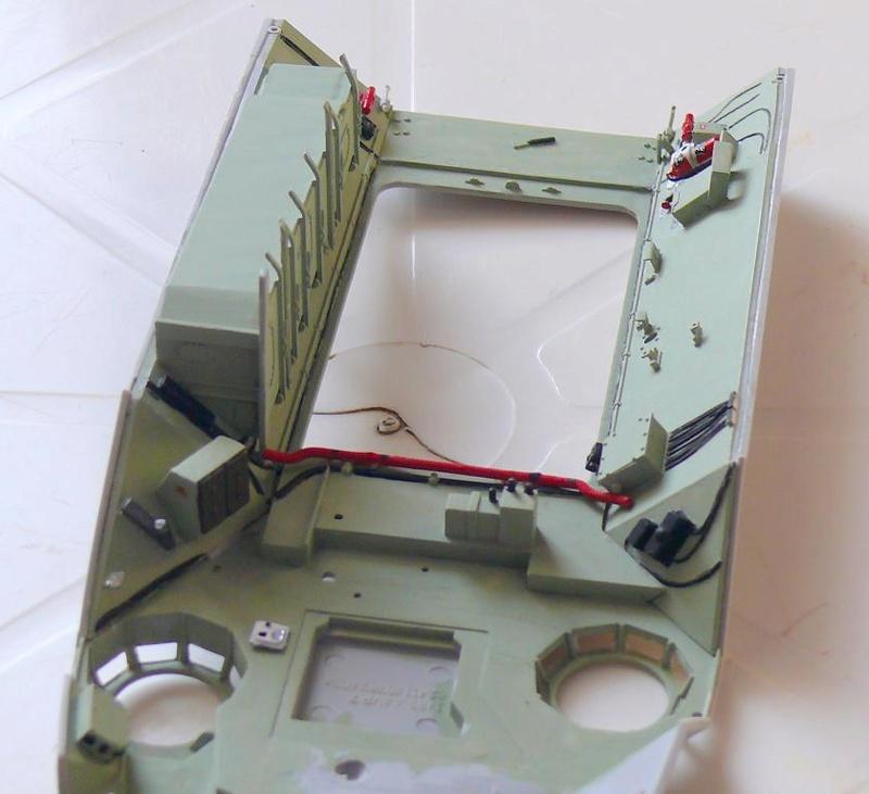 AAVR 7A1 Assault Amphibian Vehicle Recovery de Hobby Boss au 1/35 1_9610